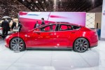 Uber CEO To Tesla: Sell Me Half A Million Autonomous Electric Cars In 2020