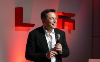 Under pressure, Tesla updates its 'Goodwill Agreement'