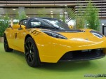 Tesla Roadster Sport taxi, from LeBlogAuto