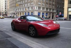 Tesla Building Next-Gen Roadster Completely In-House