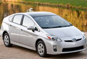 Global Toyota Prius Hybrid Sales Level Off As Incentives End