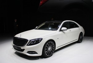 The 2014 Mercedes-Benz S Class was just unveiled this evening at an event in Hamburg. We were there 