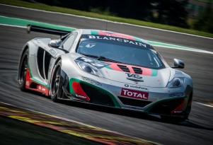 The McLaren 12C GT3, on track