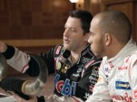 Tony Stewart welcomes Lewis Hamilton to Texas