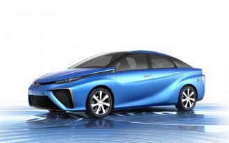 Honda, Toyota Will Launch Hydrogen Fuel Cell Vehicles By 2015 (But They Won't Be Cheap)
