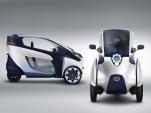 Toyota i-Road Electric Urban Minicar Swarms The Roads (Video)