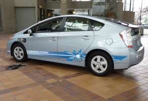 2012 Plug-in Toyota Prius: What Do You Want To Know?