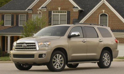 2009 Toyota Sequoia Photos