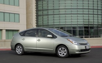 Toyota Prius in Big New Service Action--But It's Not A Recall