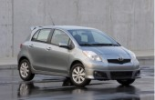 2010 Toyota Yaris Photos