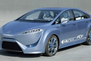 Could The 2015 Toyota Fuel-Cell Vehicle Cost $100,000? Perhaps Close