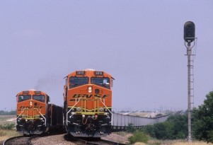 Another Convert To Natural-Gas Fueling: Railroad Locomotives?