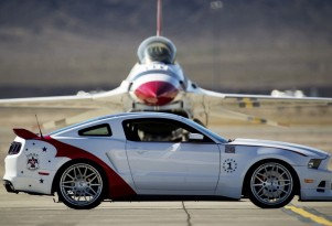 U.S. Air Force Thunderbirds Edition 2014 Ford Mustang GT