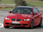 Video: BMW M3 vs Mercedes C63 AMG