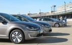 Volkswagen Could Offer Wireless Electric Car Charging By 2017