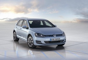 Volkswagen Golf BlueMotion: 70 MPG Hatchback... U.S. Won't Get