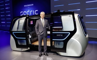 Self-driving cars will look different: for one, no man-eating grilles