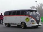 Volkswagen T1 Transport van packs a Porsche 993 Turbo engine