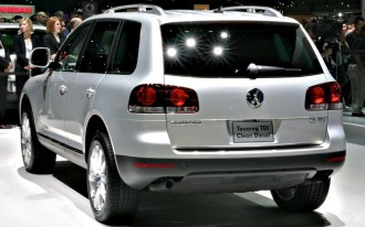 2009 VW Touareg BlueMotion Is No Hybrid, But It Ekes Out Extra MPG