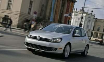 2010 Volkswagen Golf Photos