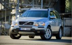Tobey Maguire's Family Roll In A Good Old-Fashioned Volvo XC 90