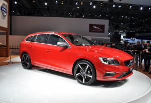 2015 Volvo V60 Live Photos