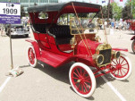 Gasoline range anxiety 100 years ago made electric-car charging seem easy