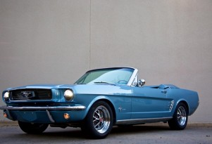 1966 Ford Mustang replica by Revology