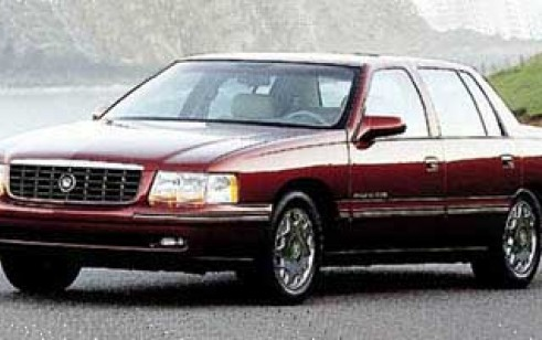 1997 cadillac concours vs lincoln continental lincoln town car rh thecarconnection com 1997 Cadillac DeVille Firewall 2004 Cadillac DeVille Engine Diagram