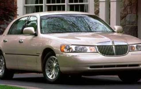 1999 lincoln town car  1999 Lincoln Town Car vs Lincoln Continental, Buick Park Avenue ...
