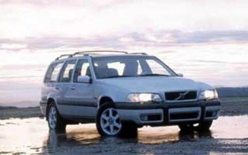 1999 Volvo V70 Vs Mercedes Benz E Class Volkswagen Passat Audi A6