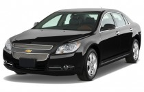 2009 Chevrolet Malibu 4-door Sedan LTZ Angular Front Exterior View