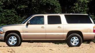 2000 Chevrolet Suburban Base