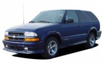 2005 Chevrolet Blazer 2-door Angular Front Exterior View