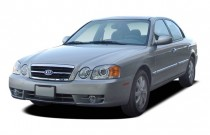 2004 Kia Optima 4-door Sedan EX Auto V6 Angular Front Exterior View