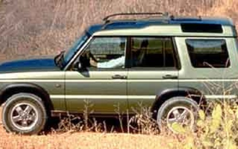 2001 Land Rover Discovery vs GMC Yukon, Toyota Sequoia, Nissan ...