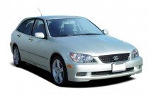 2004 Lexus IS 300 5dr Wagon Auto Trans Angular Front Exterior View