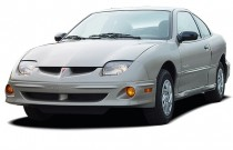 2003 Pontiac Sunfire 2-door Coupe Angular Front Exterior View