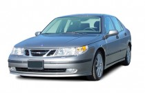 2005 Saab 9-5 4-door Sedan Aero Angular Front Exterior View