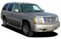 2006 Cadillac Escalade 4-door 2WD Angular Front Exterior View