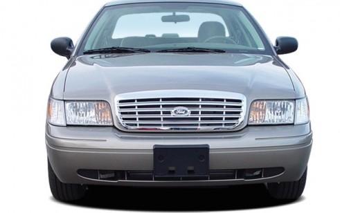 2006 Ford Crown Victoria 4-door Sedan Standard Front Exterior View