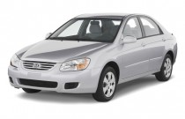 2009 Kia Spectra 4-door Sedan Auto EX Angular Front Exterior View