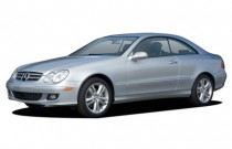 2006 Mercedes-Benz CLK Class 2-door Coupe 3.5L Angular Front Exterior View