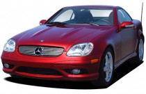 2004 Mercedes-Benz SLK Class Kompressor Roadster 2.3L Angular Front Exterior View