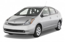2007 Toyota Prius 5dr HB (Natl) Angular Front Exterior View