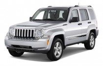 2009 Jeep Liberty RWD 4-door Limited Angular Front Exterior View