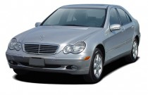 2003 Mercedes-Benz C Class 4-door Sedan 2.6L Angular Front Exterior View