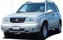 2003 Suzuki Grand Vitara 4-door Manual 4WD Angular Front Exterior View