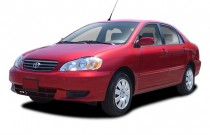 2003 Toyota Corolla 4-door Sedan LE Manual (Natl) Angular Front Exterior View