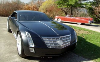 Driving Cadillac's Sixteen Concept